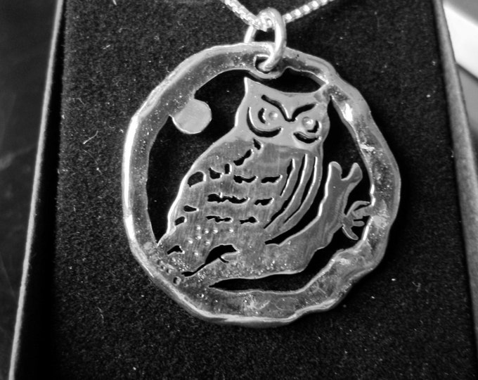 Owl necklace melted half dollar size w/sterling silver chain