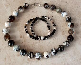 Bold Black & Cream Agate Necklace
