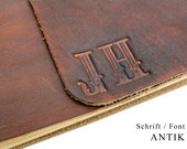 Monogram embossed - We shape your monogram in leather - Max. 3 characters - Personalize your leather book.