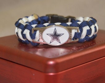 Dallas Cowboys Paracord Bracelet. Blue and White version, Custom made. Now with a Blue buckle!
