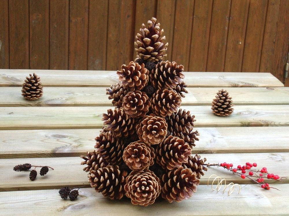 Pine cones decorative tree pinecone christmas tree by for Decorating pine cones for christmas tree