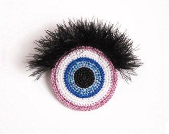 EYE – crochet brooch
