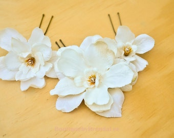 A set of 3 Cream Delphinium U Pins