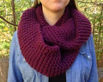 Chunky Knit Infinity Scarf Handmade. Handmade Wool Scarf. Knit Infinity Scarf.