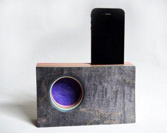 SLIM Iphone Speaker/Amplifier made from Reclaimed Skateboards