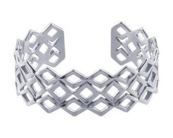 Modern Design Sterling Silver Geometric Diamond Pattern Cuff Bracelet