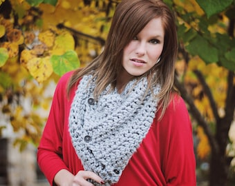 Crochet Chunky Button Cowl