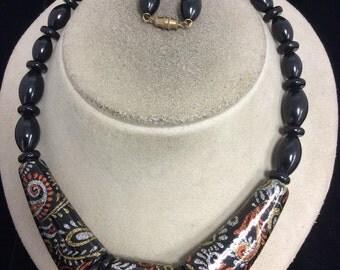 Vintage Black Beaded Sparkly Designed Necklace