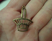 6 pcs Brass Stamping Gold Ox Plated Filigree Basket   for charms or pendant and more  /CH3 V
