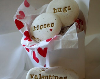 Valentine's Day Gifts message stones ~ Hugs Kisses Valentine's Wishes ~ romantic gift for him ~ gift for her ~ grandparents valentine gift