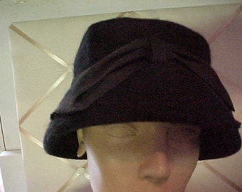 Vintage Black Felt Hat, With Wide Bow in Front  #H17