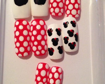 Long Hand Painted Fake Minnie Mouse Nails