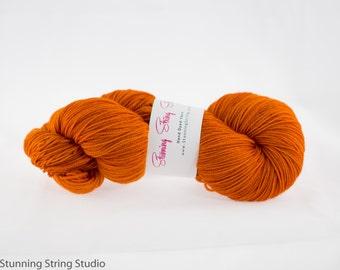 Falling Leaves - Stunning Superwash Fingering Weight - 100% Superwash Merino - 100 g - 475 yds