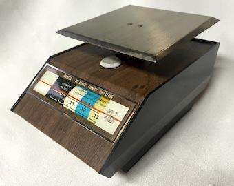 Vintage Scale - 1970s Park Sherman Postage Scale - Ounces up to 1 lb.