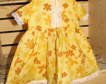 "Yellow Floral Short Sleeved Dress for an 18"" Doll with Lace Hem"