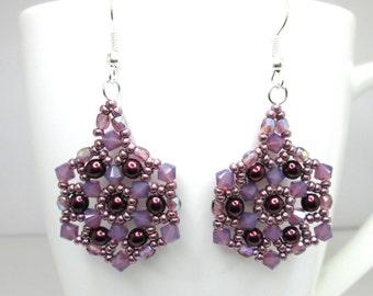 Purple swarovski elements mandala crystal earrings, cyclamen opal swarovski, beadwoven earrings, purple jewelry, ER028