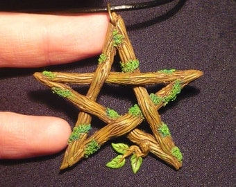 Pentacle of the Darkwoods Witch- handcrafted Pendant