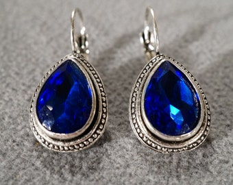 vintage silver tone drop earrings with large teardrop shaped royal blue rhinestone    M1