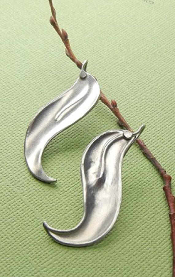 "Leaf Earrings Stylized 1-3/4"" x 1/2"", 45 mm x 12 mm, Argentium Silver ."