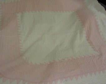 REDUCED -- QUILT  //  Pink and White Antique Quilt  //  Hand Quilted  //  Medallion Style w/ Saw-Tooth Border and Scalloped Edges all Around