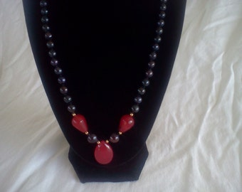 black pearl and ruby necklace