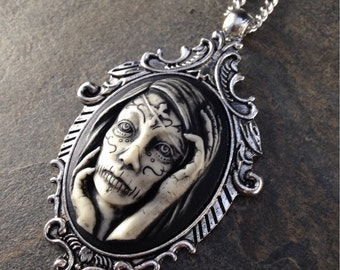 Gothic Day of the Dead ZOMBIE Sugar Skull Cameo Antq Silver Pendant Necklace