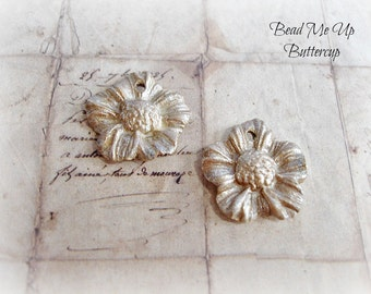 1 Pair Gilded Antique Silver Daisy Polymer Clay Flowers