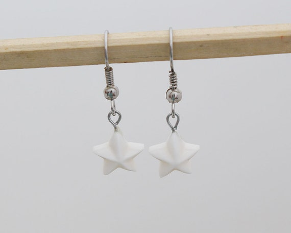 Small Star Bone Dangle Earrings - Bali Handmade Jewelry