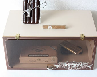 Vintage humidor / cigar storage / smoking accessory / utensil / gift for him / enjoyment smoking / brown