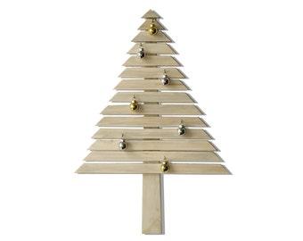 Poiana Christmas Tree / reclaim wood / 5% sustaining MORE GREEN foundation