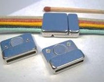 21x18mm Magnetic Clasps for Leather, Inside Diameter 2x15mm, in Silver or Gold Acrylic