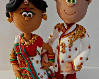 cake topper personalizated for an indian wedding with indian outfit