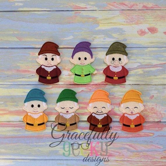 Dwarfs Snow White Finger Puppets/ Farm Busy By Hazelandlouies