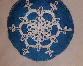 Christmas Ornament- Felt Circle with Snowflake #339F