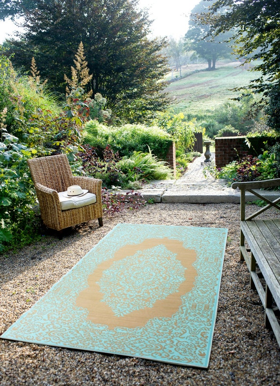 fab habitat indoor outdoor rug istanbul fair aqua by. Black Bedroom Furniture Sets. Home Design Ideas