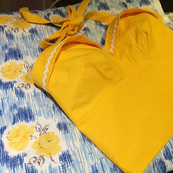 """50s style """"Dolly"""" top"""