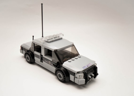 how to make a custom lego police car