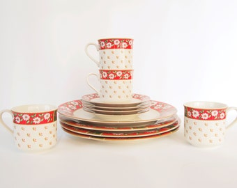 Christmas Dinnerware Set for four Teacup Saucer Dinner Plates, Vintage Holiday Table Porcelain Decor, coffee coco mugs dinnerware collection