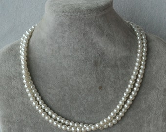 pearl  necklace,bridal party,Glass Pearl Necklace,small pearl necklace,Wedding Necklace,bridesmaid necklace, necklace,statement necklace