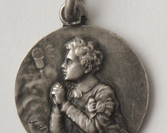 Antique Religious Medal First Communion