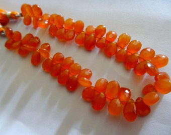 30 pcs ,8-9 mm Natural Juice Carnelian Briolette Faceted Pears 8x1/2 inch half strand-AAA+