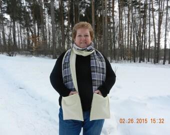 Soft & cozy fleece pocket scarf
