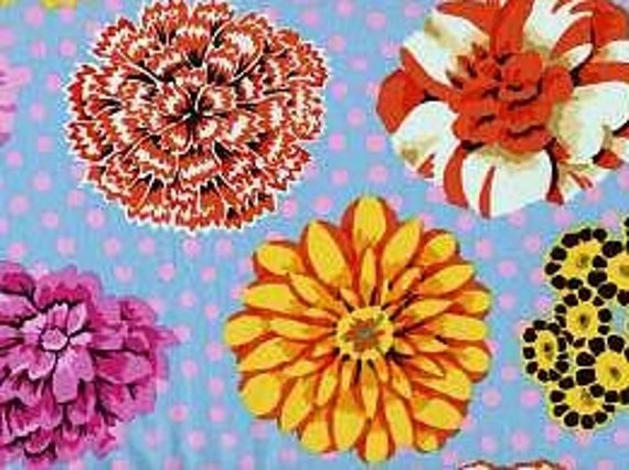 BIG BLOOMS Duck Egg GP91 Kaffe Fassett Sold in 1/2 yd increments