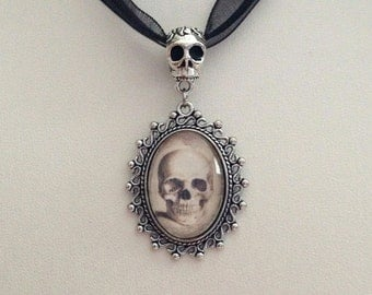 19th Century Vintage Anatomy Skull Image with Detailed Skull Bail in Silver