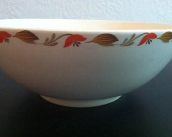 Mid Century Universal Cambridge Largo Pattern Mixing Bowl