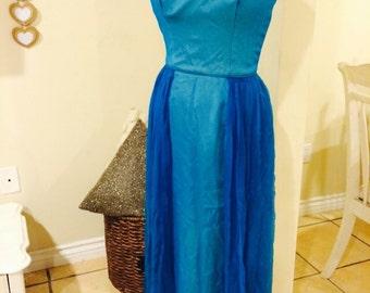 Vintage 1950's Elegant Ravishing Turquoise Dress