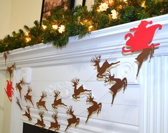 Santa's sleigh and reindeer garland, Rudolph and Santa Christmas garland, Christmas Decor, photo prop, Christmas Party decoration
