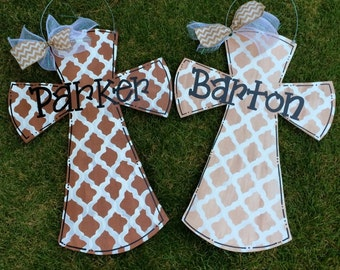 Cross Door Hanger, Welcome Door Hanger, Wedding Gift, Housewarming Gift, Quatrefoil Cross