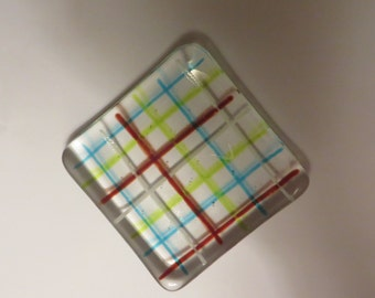 fused glass dish plaid look tea bag rest, coaster, jewelry plate, guest soap dish, spoon rest or ring dish.
