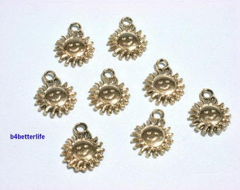 """Lot of 28pcs """"Sun"""" Gold Color Plated Metal Charms. #XX187."""